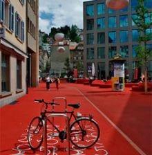 city lounge4 21 City Lounge, el color rojo inunda la calle