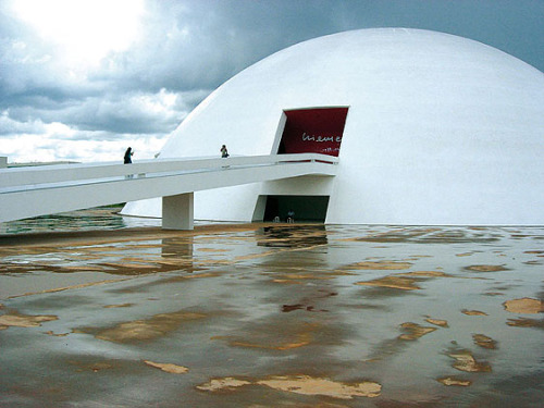museo brasilia Oscar Niemeyer y la arquitectura moderna