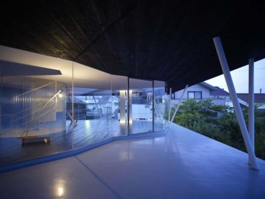 1266450238 1265311987 saijyo2188 1000x7501 Casa de Cedro Negro, tradición y vanguardia japonesa