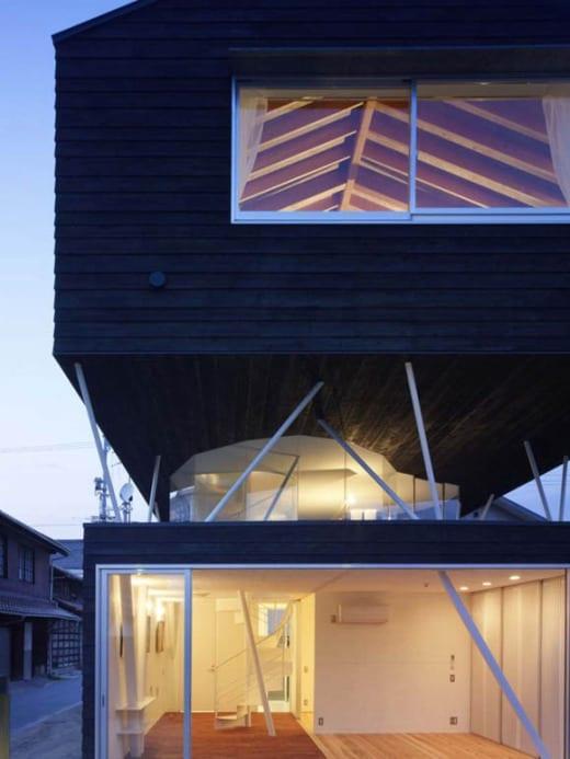 naf 3 Casa de Cedro Negro, tradición y vanguardia japonesa