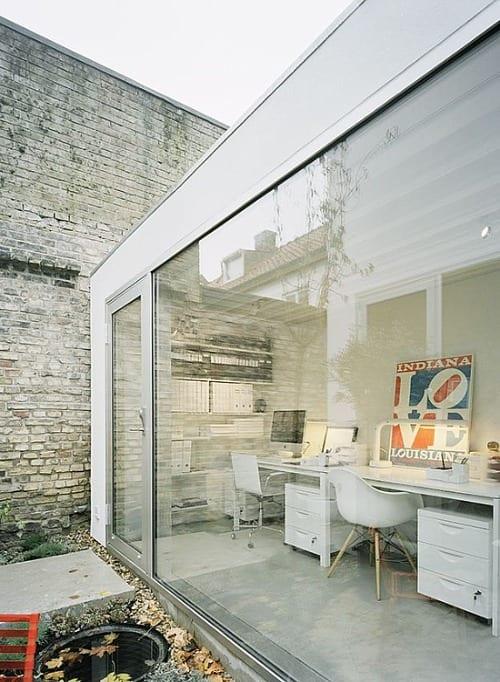 oficina minimalista blanca elding oscarson
