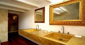 Revestir pisos y paredes con capa de resinas