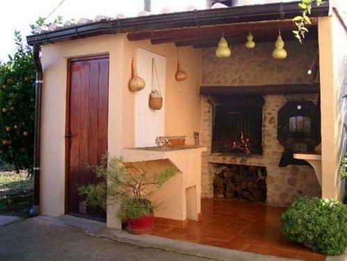 La barbacoa elemento decorativo de tu jard n for Barbacoa patio interior