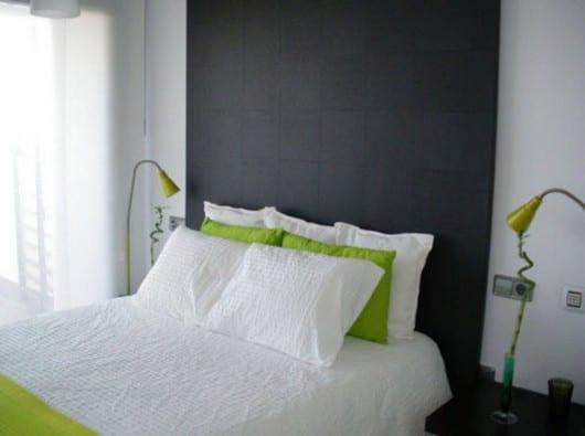 Hacer un cabecero de cama para los adultos con papel