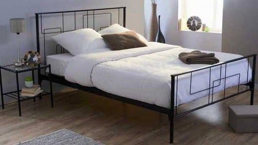 Un diseño de la cama