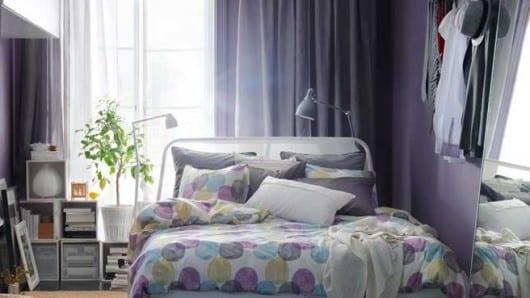 Una habitación en color púrpura