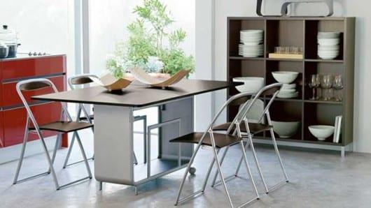 Una mesa compacta