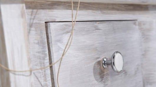 Pomo de botón inmaculado para muebles