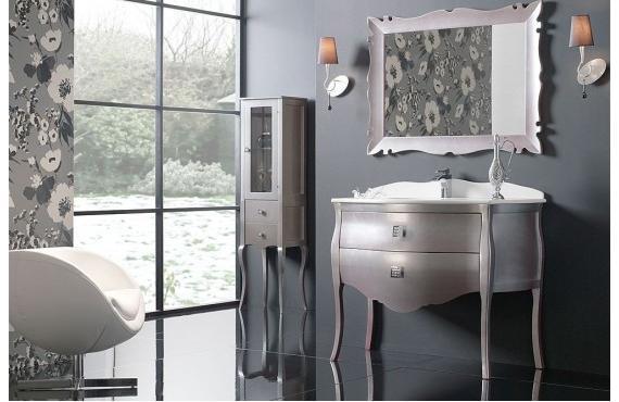 Decoración del cuarto de baño neoclásico