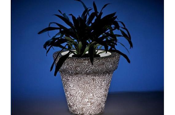Macetas con iluminación para una decoración con tecnología