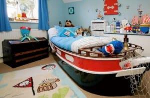 Habitación infantil con temática marina