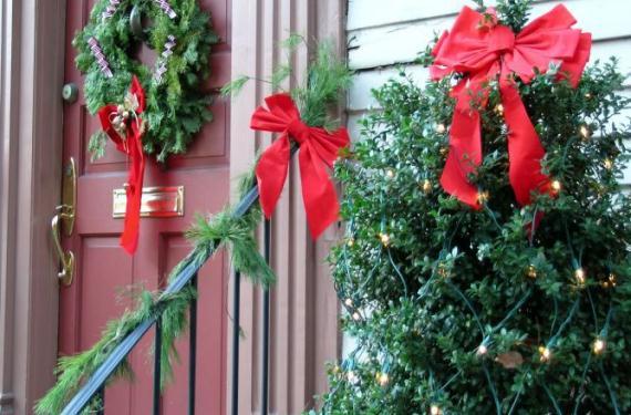 Decoraci n navide a del exterior de tu casa - Decoracion navidena exterior ...