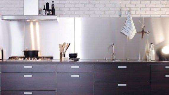 La cocina con estilo para un loft for Cocinas de acero inoxidable para restaurantes