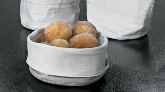 El pan como parte de la decoracion de la mesa