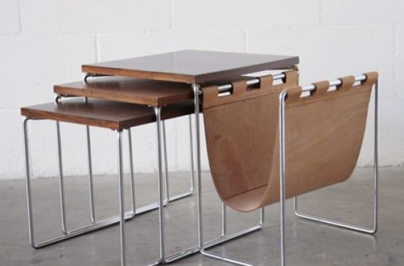 Mesas nido con revistero en cuero, un diseño contemporáneo de Carl Auböck