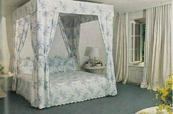 Dormitorio azul que publicó Vogue en los años 60.