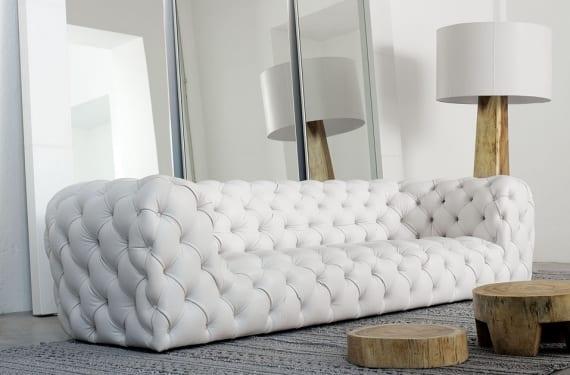 Sofá Mooon de estilo Chester diseñado por Paula Navone