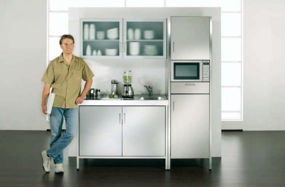 Cocina compacta en acero que se coloca sobre pared