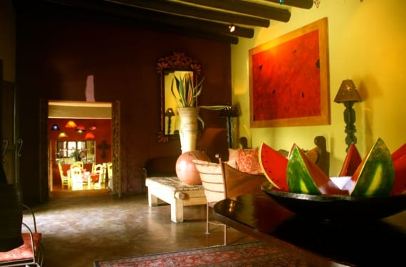 mexican-interior-design-styles._570x375_scaled_cropp