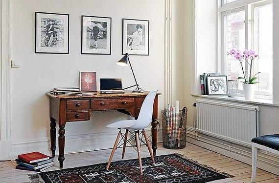 Mesas y escritorios vintage para decorar tu rinc n de trabajo - Mesa ordenador pequena ...