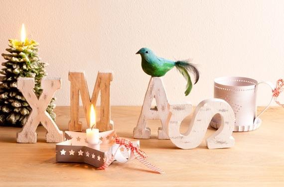 Decoración navideña con letras