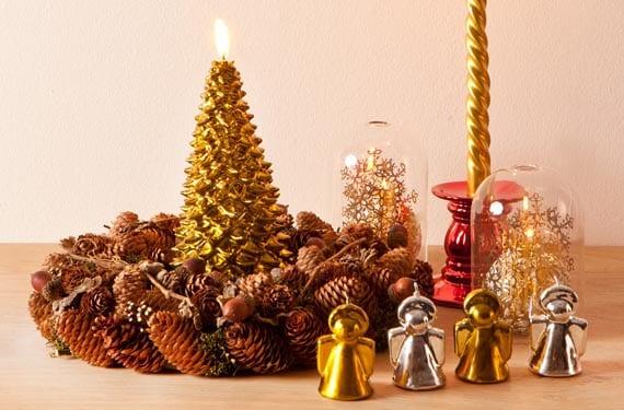 Decoración navideña dorada