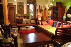 Estilo oriental con muebles coloniales