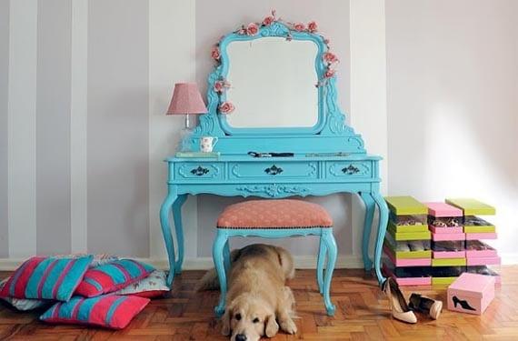 Muebles reciclados en azul