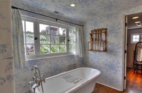 Toile de Jouy para el baño