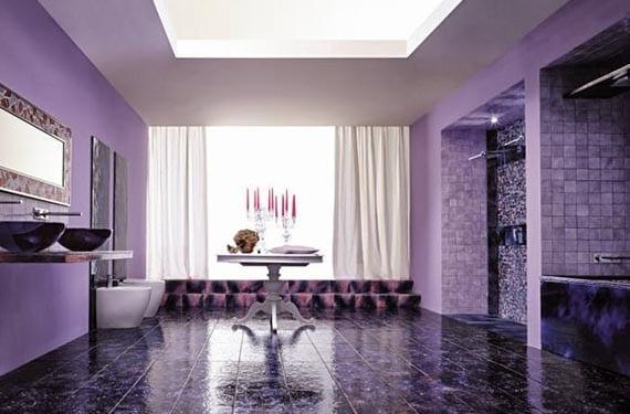 Baños en tonos púrpura