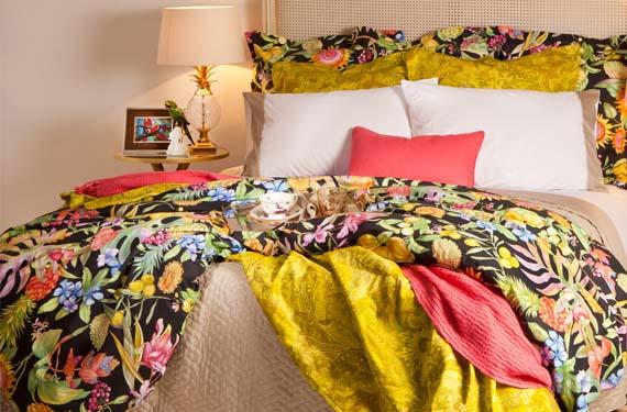 Dormitorio primaveral tropical