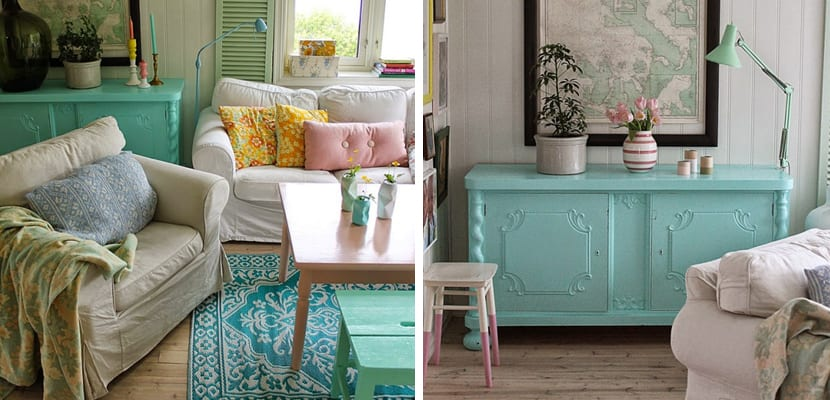 Salón en casa colorida