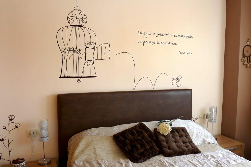 dormitorio decorado pajaros