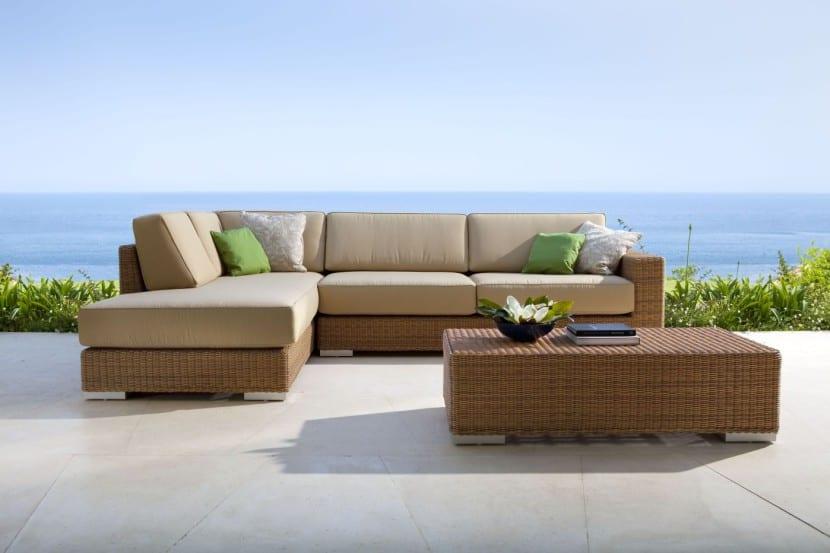 Decorar la terraza con muebles de exterior for Muebles exterior carrefour