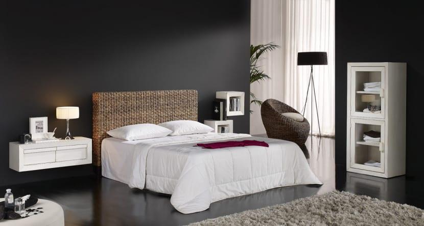 sillon en dormitorio mimbre