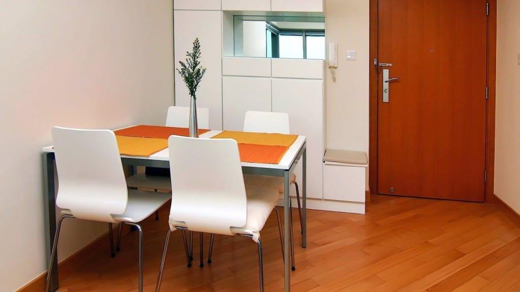 Consejos para comedores peque os for Muebles modernos para comedores pequenos