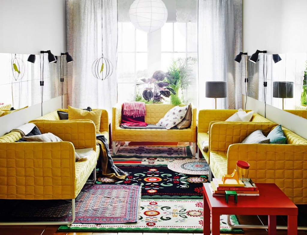 sofa amarillo