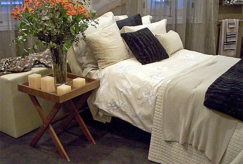 dormitorio con mesitas recicladas DIY