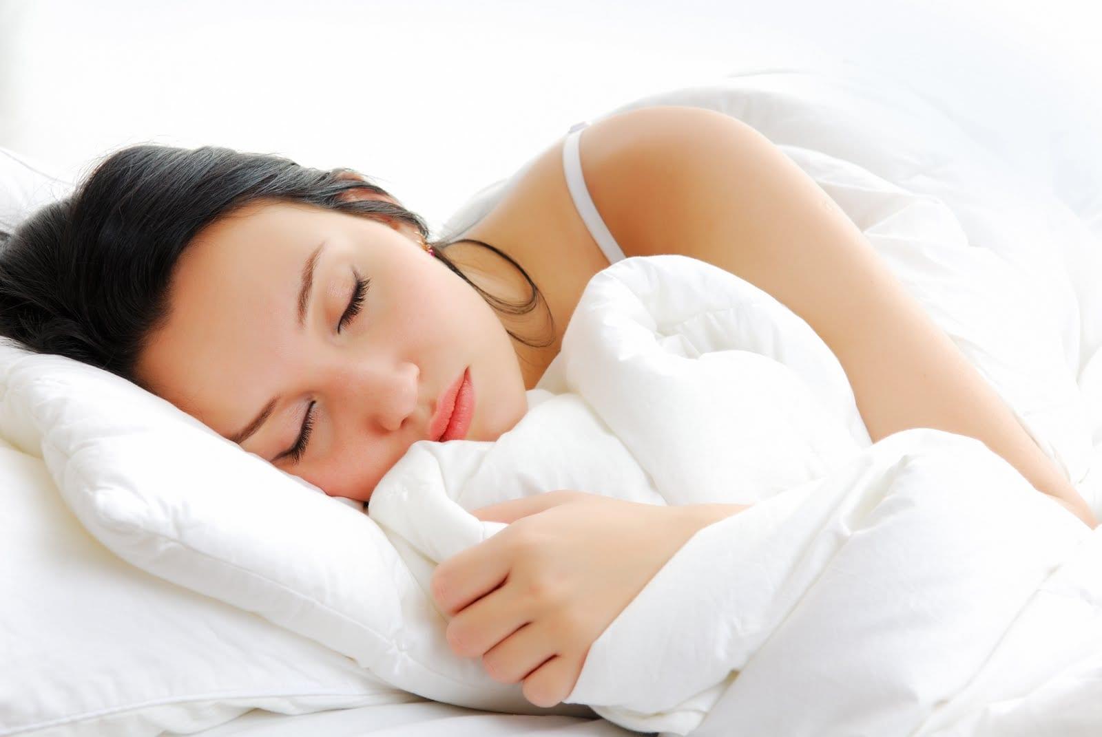 Aprende a desinfectar y limpiar tu colchón