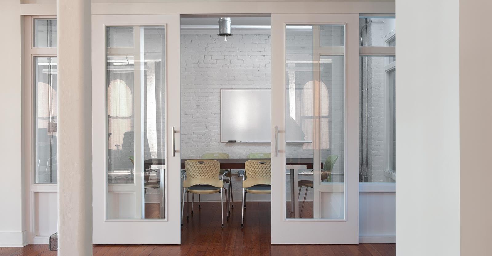 La importancia de las puertas en la decoraci n - Decoracion puertas interior ...