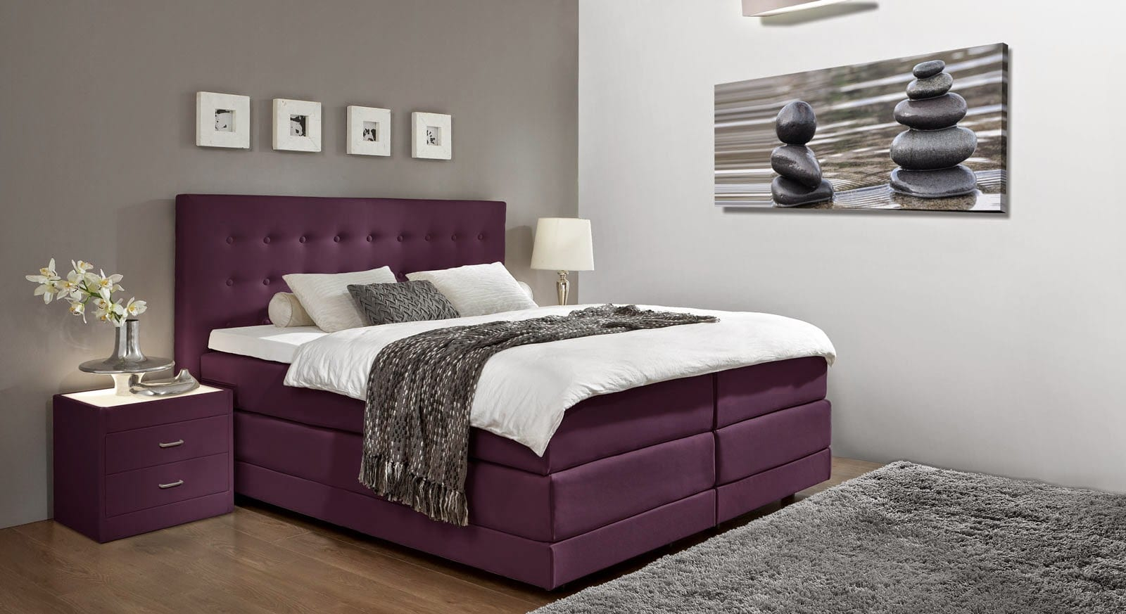 El color morado para decorar dormitorios modernos