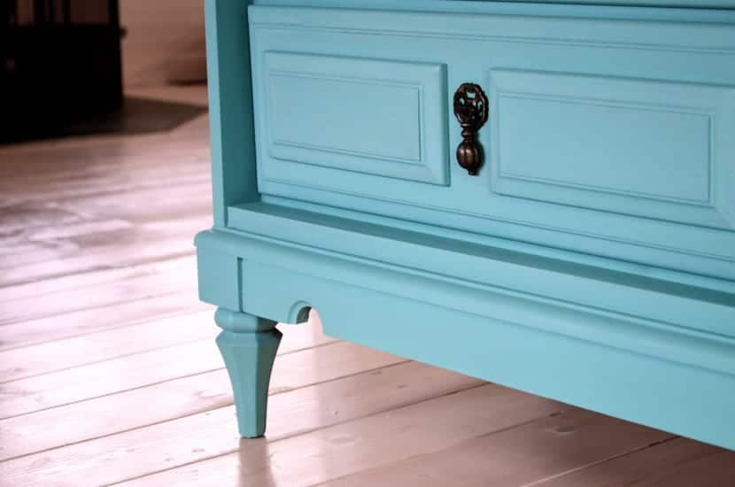 C mo limpiar la madera pintada for Como limpiar puertas de madera muy sucias