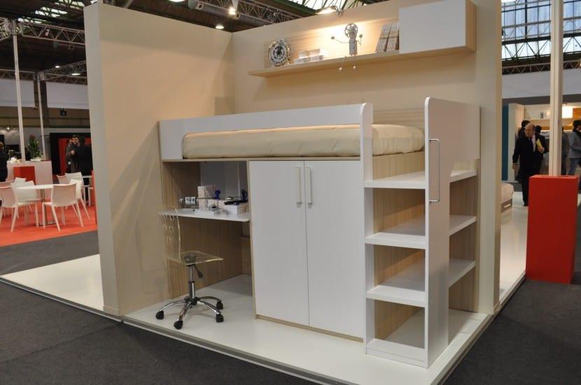Ideas para ahorrar espacio con las camas - Cama litera con escritorio debajo ...