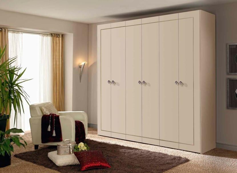 Elige el armario ideal para tu dormitorio for Armarios altos para dormitorio