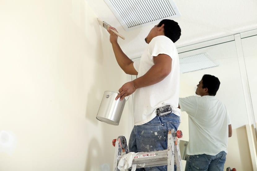 Consejos para reparar las paredes con humedad - Papel para paredes con humedad ...