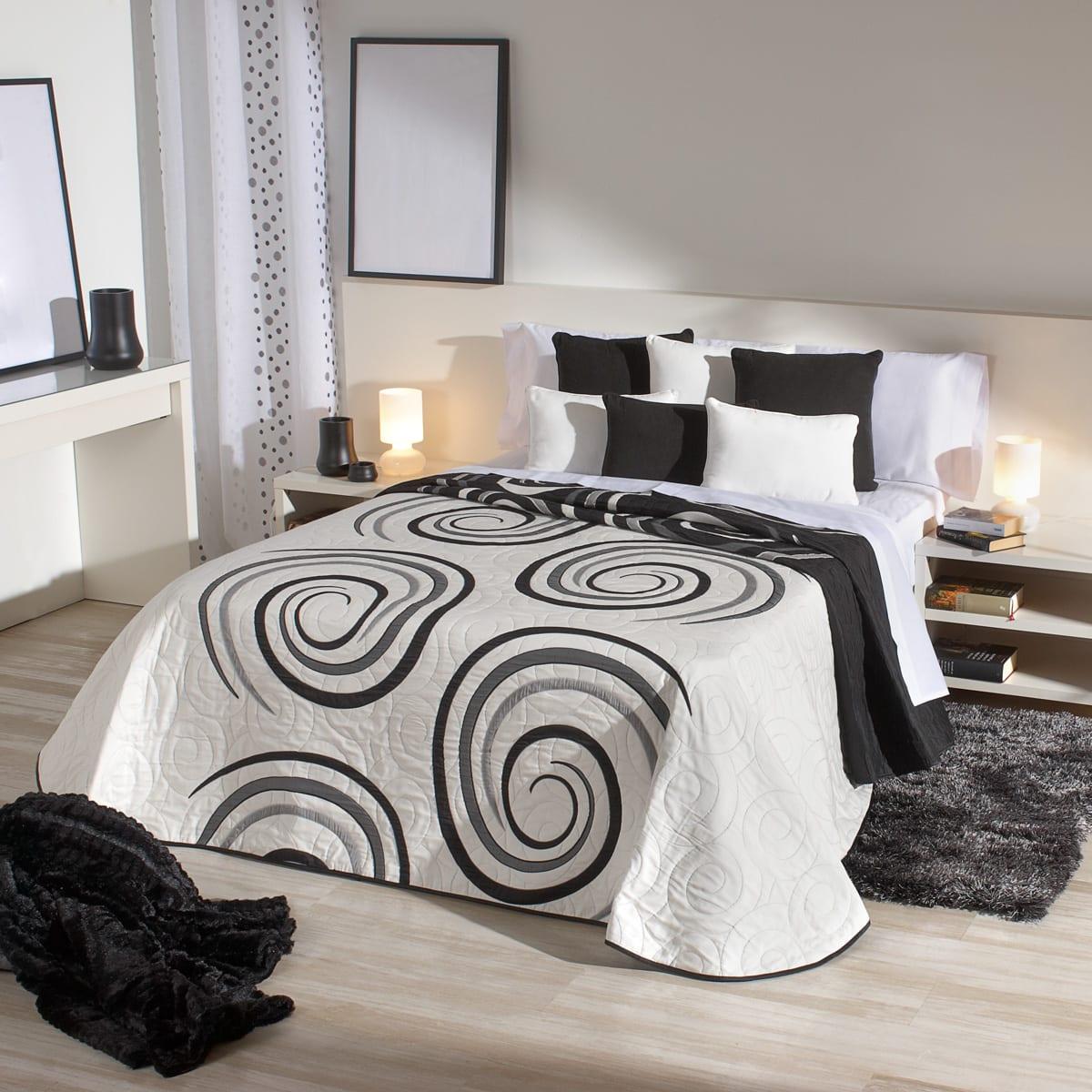 C mo elegir los cojines de tu habitaci n - Decorar cama con cojines ...