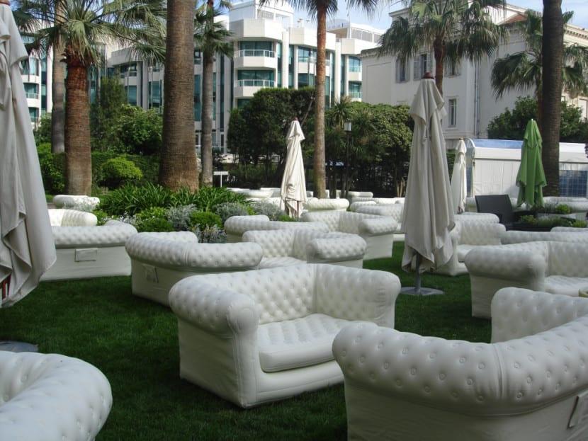 sofa hinchable