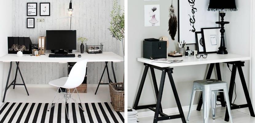 Oficina en casa en blanco y negro