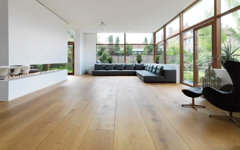 poner suelo de madera en la casa