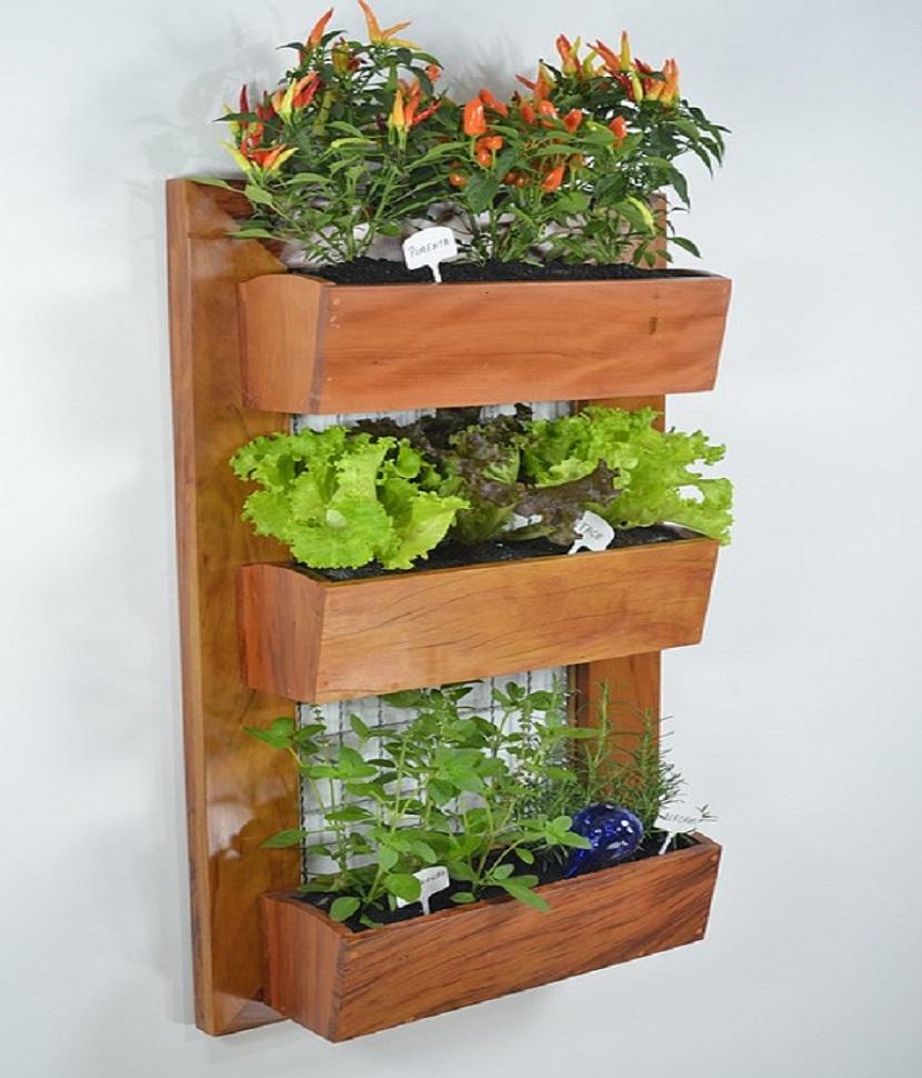 Huerto vertical para qu sirve ventajas e ideas para for Plantas recomendadas para jardin vertical